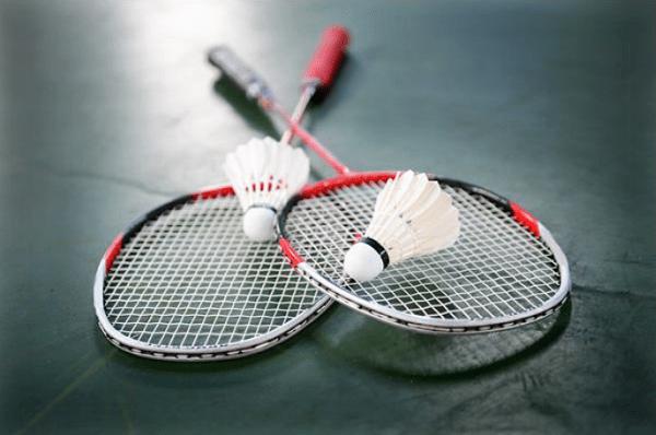 https://www.smashbc.com/wp-content/uploads/2020/10/badminton_racket.png